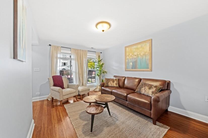 Furnished Garden Apartment in Chicago