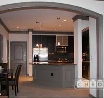 Kitchen/entry