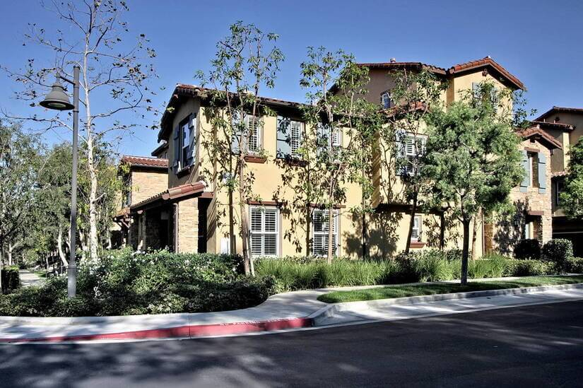 Fully Furnished Townhome in Irvine, CA