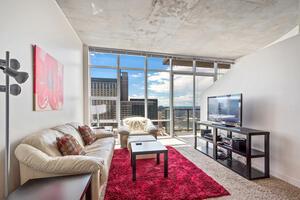 27th Floor - 1 Bedroom Spire