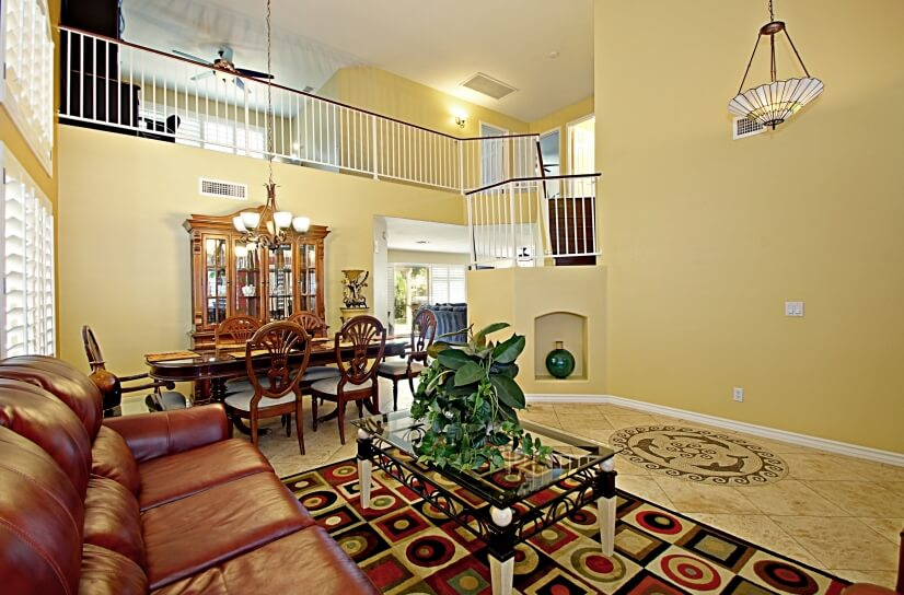 Fully furnished and spacious 2,700 square foo