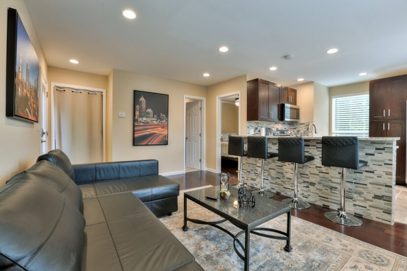 Furnished Monthly Garage Corp Apt - O4W