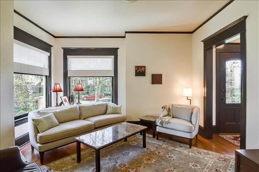 Living room with Roku TV Streaming, Netflix,