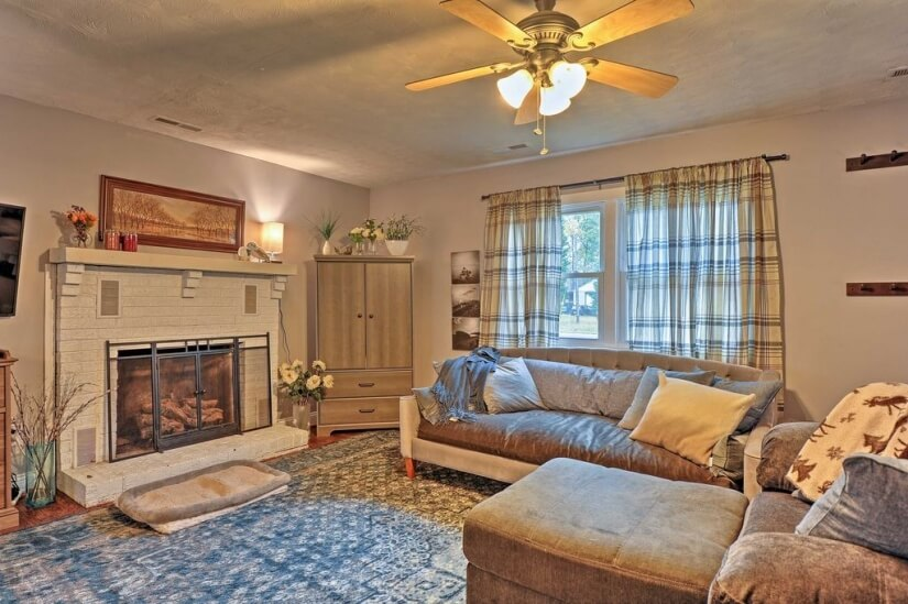 Furnished Colonial Beach House
