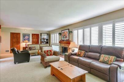 Hollywood Hills Home in Great Location